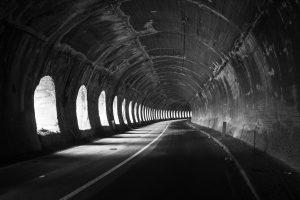 Tunel tylko dla mnie. Zamknięty dla ruchu samochodowego
