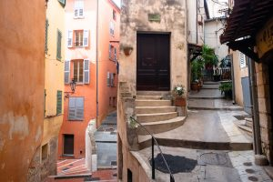 Uliczki w Grasse, Francja